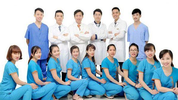Đồng phục y tế đẹp tạo sự thoải mái và thời trang