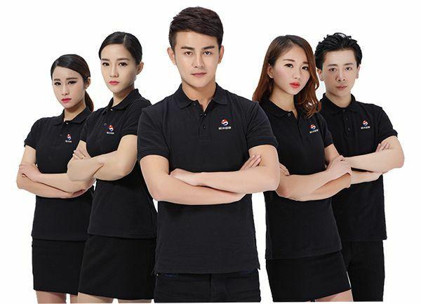 Áo đồng phục giúp doanh nghiệp chuyên nghiệp hơn trong mắt khách hàng