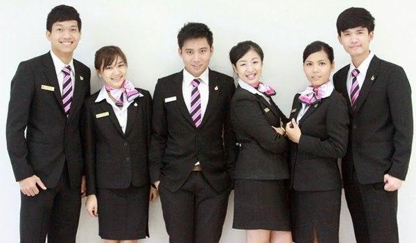 Đồng phục áo vest thường được ứng dụng cho môi trường văn phòng